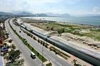 Một góc công trường lấn biển của dự án Khu đô thị mới quốc tế Đa Phước bên cạnh đường Nguyễn Tất Thành.