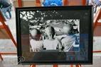 Một trong số những bức ảnh miêu tả cuộc sống đáng thương của các bệnh nhân ung thư nhỏ tuổi.
