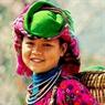 Nụ cười rạng rỡ của cô gái miền sơn cước.