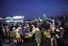 Hàng ngày, chợ cá Phan Thiết bắt đầu sôi động ngay từ lúc 4 giờ sáng.