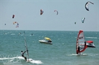 It was the first time Binh Thuan Province hosted an international sea sport competition. Photo: Huu Thanh