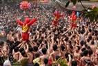 Lễ hội rước pháo làng Đồng Kỵ mở ra đầu xuân thu hút hàng vạn người dân trong vùng cùng du khách thập phương nô nức về trảy hội.
