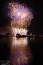 Rực rỡ đêm hội pháo hoa trên sông Hàn. (Ảnh: Vũ Công Điền)