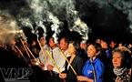 Lễ dâng hương của các lãnh đạo Tp. HCM.
