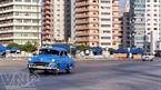 Xe ô tô cổ trên đường phố là nét riêng thú vị của Thủ đô La Habana.