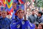 Lễ tế phết diễn ra nghiêm trang với nhiều nghi lễ kéo dài gần hai tiếng đồng hồ liền.