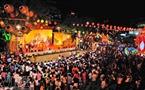 Hàng nghìn người đã tham gia vui hội Nguyên Tiêu xuân Nhâm Thìn. Ảnh: Nguyễn Luân