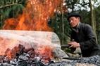 Lò nung được đốt bằng loại than gỗ sồi.