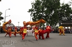 Dragon dance is performed by Hue artists. Photo: Viet Cuong