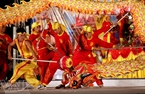 A dragon dance by the Bac Lan Duong Team.
