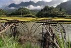 Water wheel is an invention of the Thai people to send water into the terraced fields in Phu Luong. Photo: Viet Cuong
