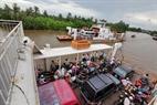 Phà Tắc Cậu - Xẻo Rô qua kênh Lộc Tắc nối liền sông Cái Lớn và Cái Bé.
