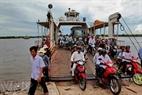 Phà Tắc Cậu - Xẻo Rô cập bến Xẻo Rô thuộc xã Hưng Yên, huyện An Biên, tỉnh Kiên Giang.