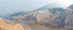 The work of clearing ground for constructing the main dam of Lai Chau Hydroelectric Power Plant is completed.