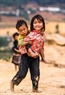 Hai chị em người Mông