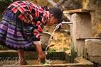 Agua limpia hacia las aldeas de la comuna de La Pan Tan, distrito de Mu Cang Chai.