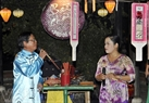 Singing at Bai choi festival is a folk genre of replying each other between male and female singers in Quang Nam.