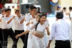 开学日是李山岛县学生了解越南海岛的机会。