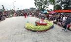 L'une d'elles est la danse «tuant le serpent», une des dix danses ancienes de la capitales Thang Long d'antan.