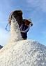 Thông thường mỗi ngày các hộ diêm dân sản xuất được khoảng 2 tạ muối.