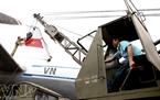 Vỏ máy bay được phục chế bằng một loại nhôm đặc biệt đặt hàng từ nước ngoài.