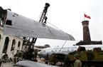 Quá trình lắp ráp đỏi hỏi sự cẩn thận đến từng chi tiết và được cán bộ, kỹ sư Viện kỹ thuật quân sự quân chủng phòng không - không quân thực hiện.