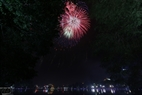 Sparkling fireworks at Hoan Kiem Lake. Photo: Freelancer