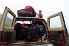 Данг Тхань Чунг подготавливает прижки с планерным парашютом