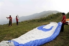 The firmness of wires is very important in paragliding.