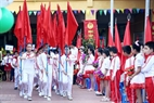 The flag parade at Thanh Cong A Primary School. Photo: Hoang Ha/VNP