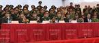 Dirigentes del Ministerio de Seguridad Pública, la Policía de Hanoi, la Comandancia de la capital y el Departamento de Salud, presentes en la ceremonia. Foto: Tran Thanh Giang