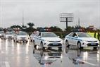 Les voitures des policiers chargés de la sécurité routière  pour protéger la 132e Assemblée générale de l'IUP. Photo: Tran Thanh Giang