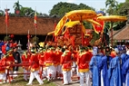 The procession rite is solemnly held in Quan Gia