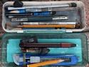 Một sô dụng cụ để vẽ tranh ký họa của các họa sĩ.
