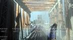 ロンビエン橋に錆止めペイントを塗る前の段階。撮影:タット・ソン