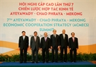 Prime Minister Nguyen Xuan Phuc and the heads of delegations pose for a photo at ACMECS 7. Photo: VNA