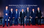 Prime Minister Nguyen Xuan Phuc and heads of delegations attending WEF-Mekong pose for a photo. Photo: VNA
