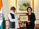 La présidente de l'A.N Nguyên Thi Kim Ngân a reçu le président du Comité de solidarité Inde - Vietnam de l'État du Bengale-Occidental, Greetesh Sharma. Photo : Trong Duc/AVI
