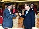 Le Premier ministre entretienPhuc donne un banquet en l'honneur de son homologue cambodgien Samdech Hun Sen. Photo; Pham Kien - AVI