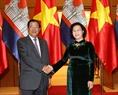 La présidente de l'Assemblée nationale, Nguyên Thi Kim Ngân accueillant le  Premier ministre Samdech Hun Sen. Photo: Trong Duc - AVI