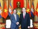 Le président Trân Daï Quang recevant le  Premier ministre Samdech Hun Sen.  Photo. Nhan Sang - AVI