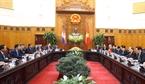 Entretien entre les deux  Premiers ministres  Nguyên Xuân Phuc et Samdech Hun Sen.  Photo: Thong Nhat – AVI