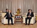 El secretario general del PCV Nguyen Phu Trong  se reúne con el presidente del Comité Nacional de la Conferencia Consultiva Política del Pueblo Chino, Yu Zhengsheng. Foto: Tri Dung – VNA