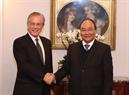 El Premier vietnamita se reúne con el doctor Fredmund Malik, presidente del Instituto de Investigación Malik, Suiza. Foto: Thong Nhat – VNA