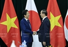 Within the framework of the APEC Economic Leaders' Week, State President Tran Dai Quang had a bilateral meeting with Japanese Prime Minister Shinzo Abe in the morning of November 10, 2017 in Da Nang. Photo: VNA