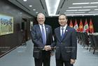 在2017年APEC峰会周期间,11月9日下午,国家主席陈大光会见秘鲁总统库辛斯基。图/越通社记者