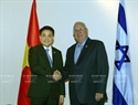 President Reuven Rivlin has a meeting with Chairman of  the Hanoi People's Committee Nguyen Duc Chung. Photo: Nguyen Dan/VNA