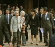 Emperor Akihito and Empress Michiko meet with Japanese students studying in Vietnam. Photo: Nguyen Dan/VNA