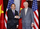 Prime Minister Nguyen Xuan Phuc (L) and US Secretary of State Rex Tillerson at a state level banquet held by US Secretary of State on May 31,. Photo: Thong Nhat / VNA
