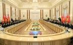 Chủ tịch nước Trần Đại Quang và Tổng thống Alexander Lukashenko dẫn đầu Đoàn đại biểu cấp cao hai nước Việt Nam và Belarus tiến hành hội đàm chính thức. Ảnh: Nhan Sáng/TTXVN